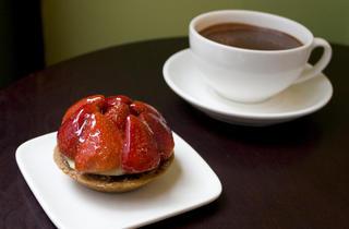 Eat (Photograph: Caroline Voagen Nelson)