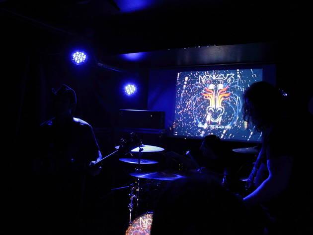 Monkey3 aux Combustibles (Groupe suisse de stoner instrumental, Monkey3 a fait planer le public avec brio (le 28 mars))