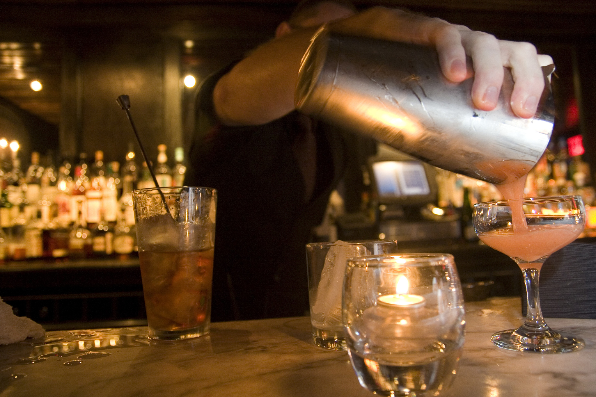 18 top bartenders tell us their favorite cocktails to order