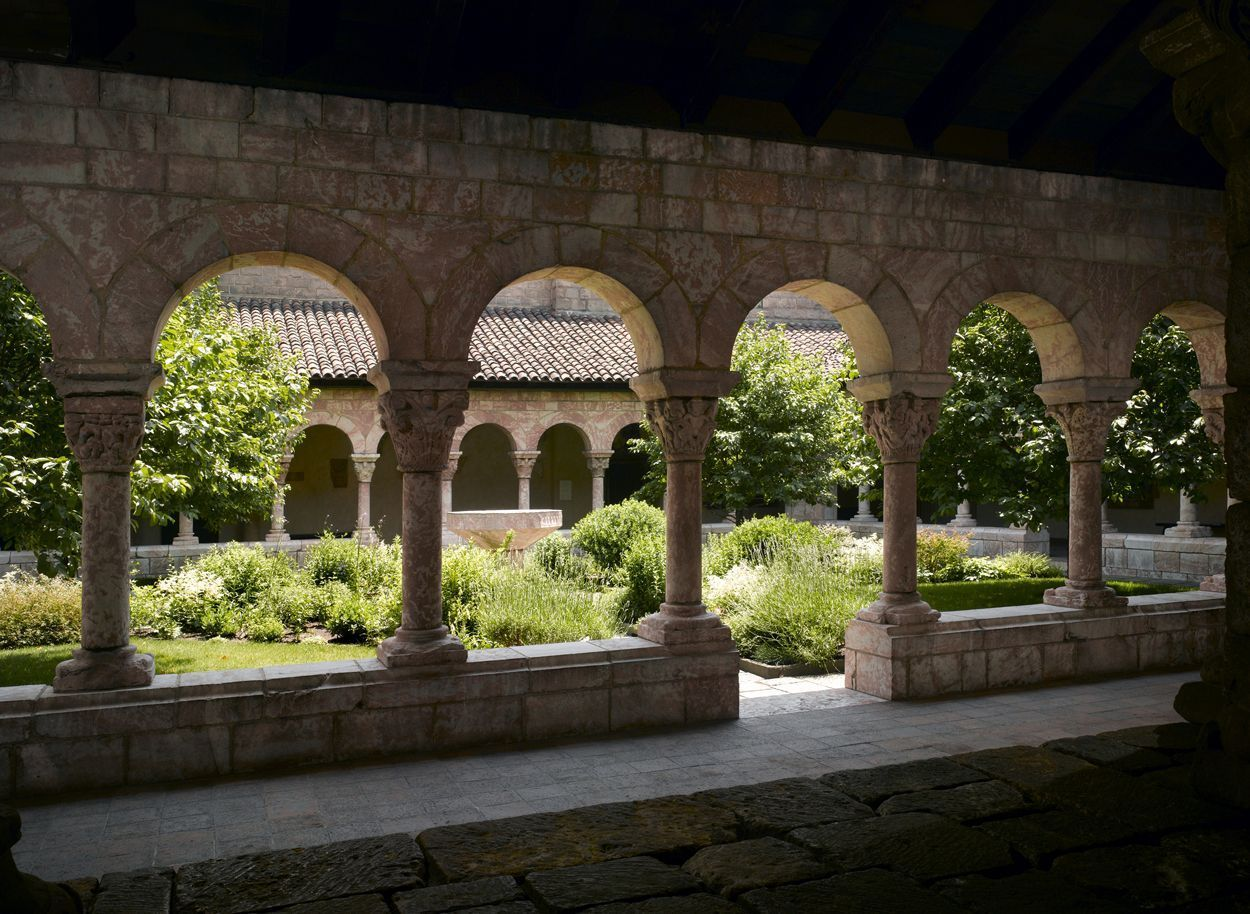 Find a quiet nook at the Cloisters