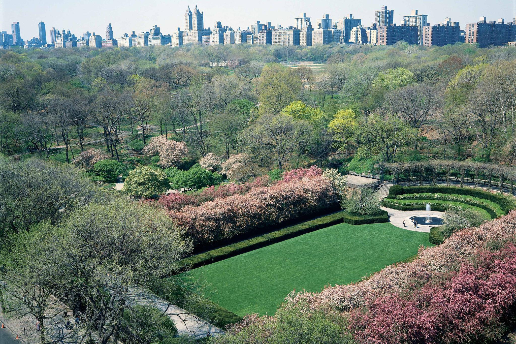 Stroll through Central Park's Conservatory Garden