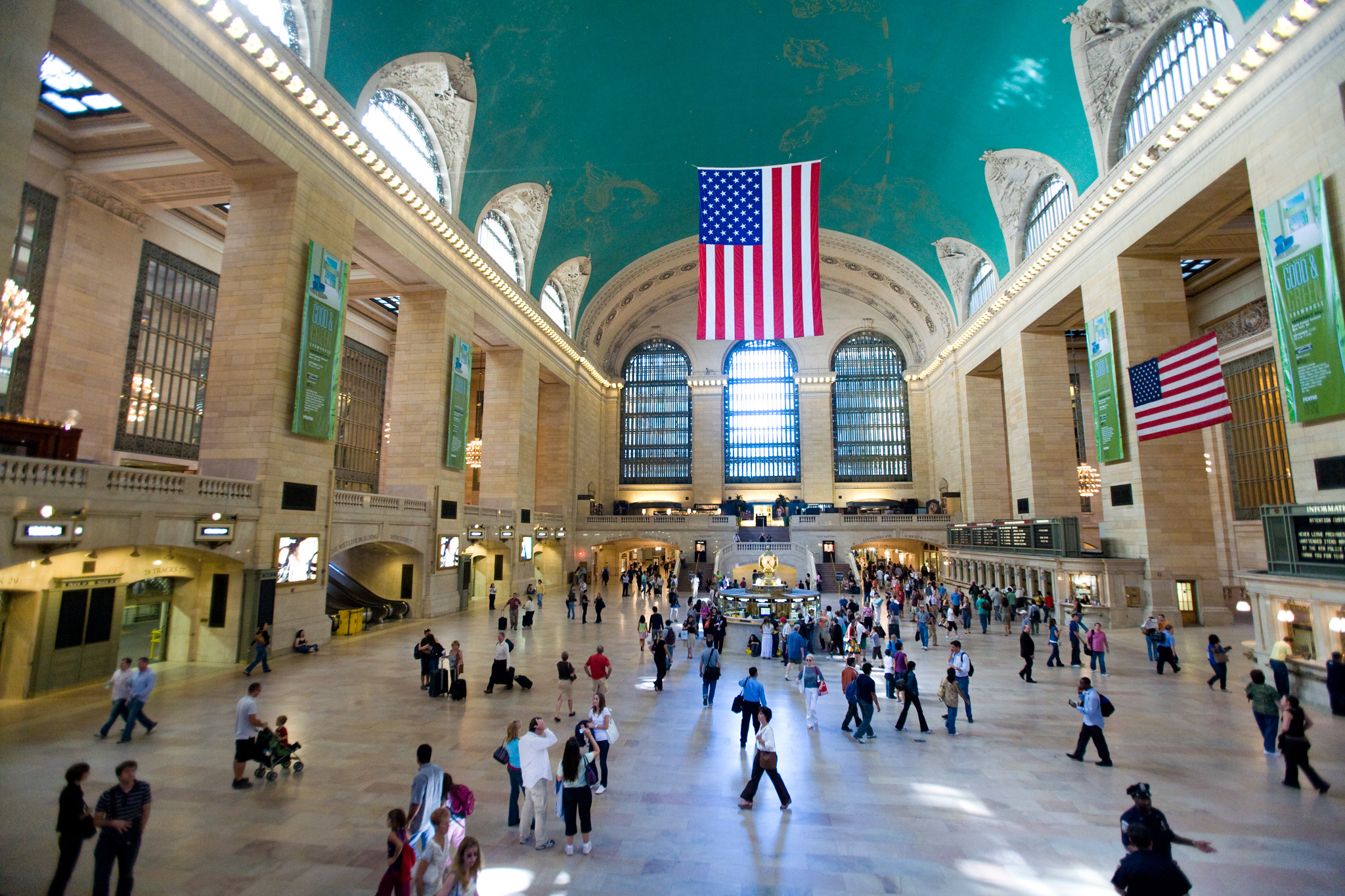 Take a free 90-minute Grand Central tour with Justin Ferate