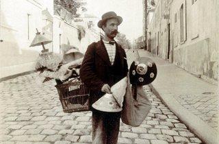 ('Marchand d'abats-jour, rue Lepic', 1899 / © Musée Carnavalet / Roger-Viollet)