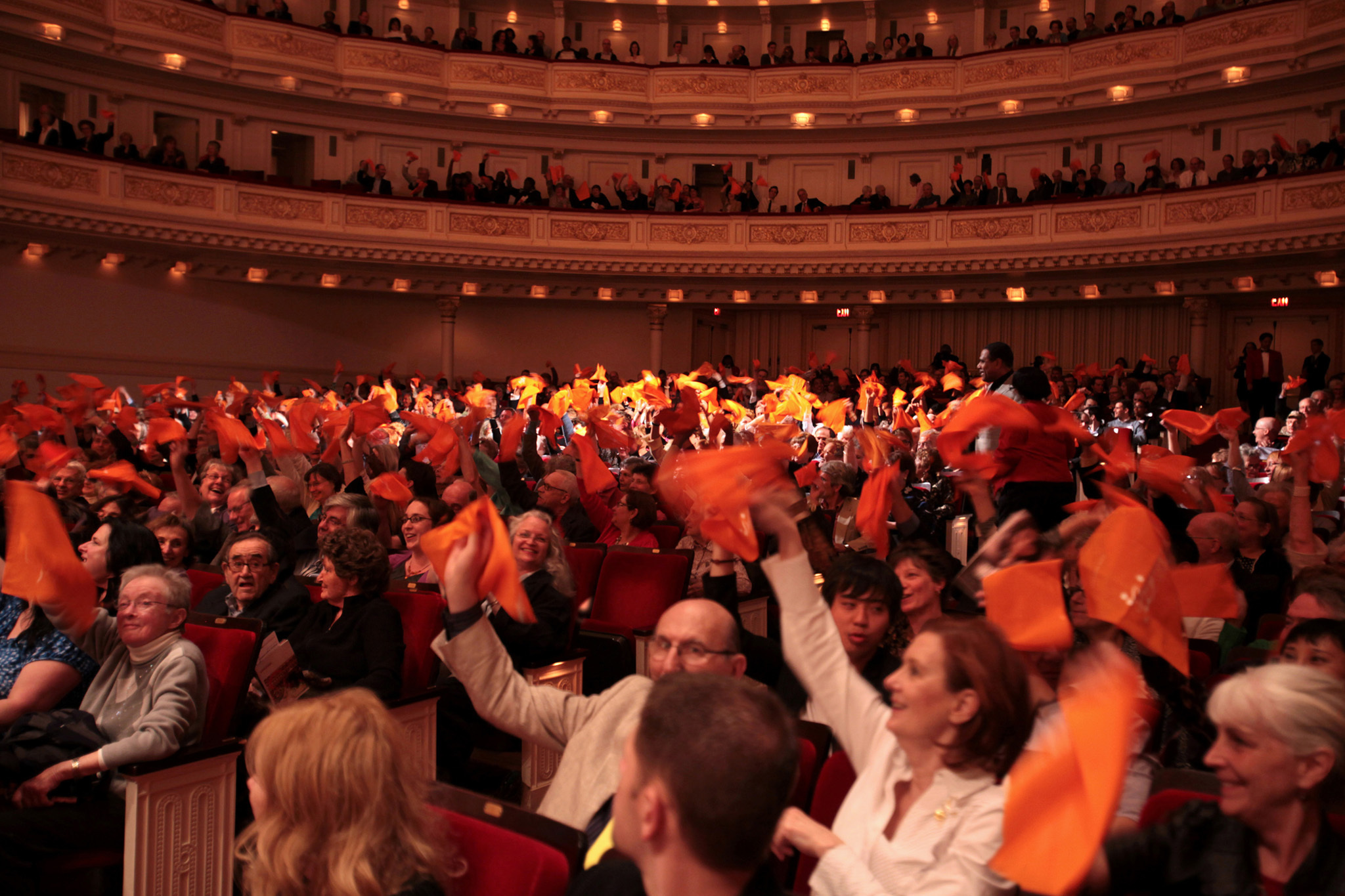 Give a warm New York welcome to visiting orchestras