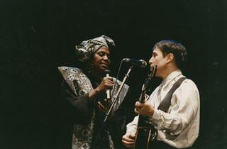 Miriam Makeba and Paul Simon in Under African Skies