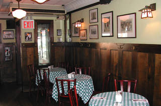Luke's Bar & Grill