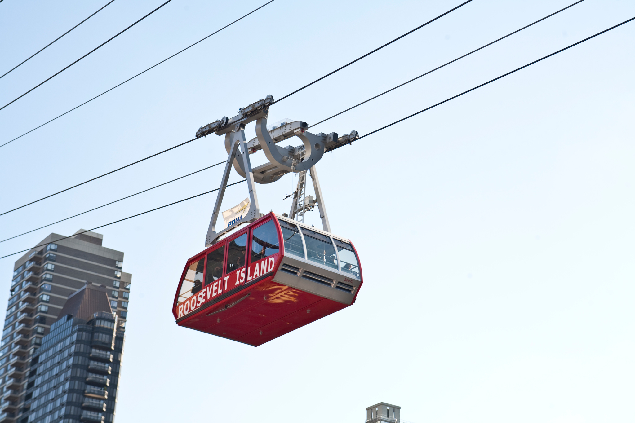 Take the aerial tram to Roosevelt Island
