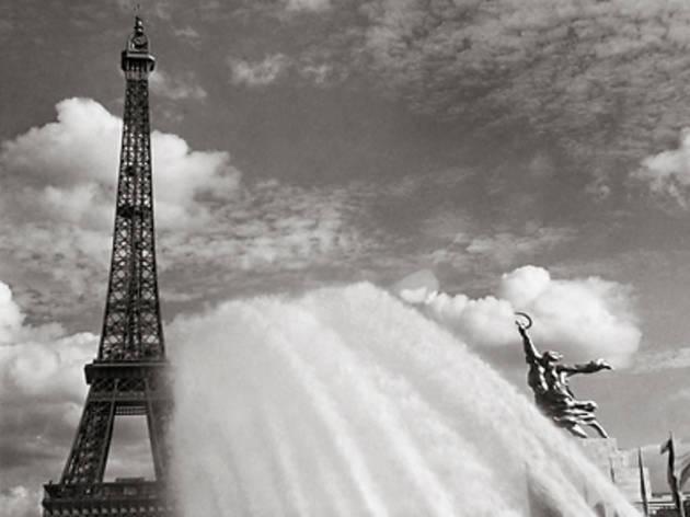 ('Expo 37, France', 1937 / © Eva Besnyö / Maria Austria Instituut Amsterdam)