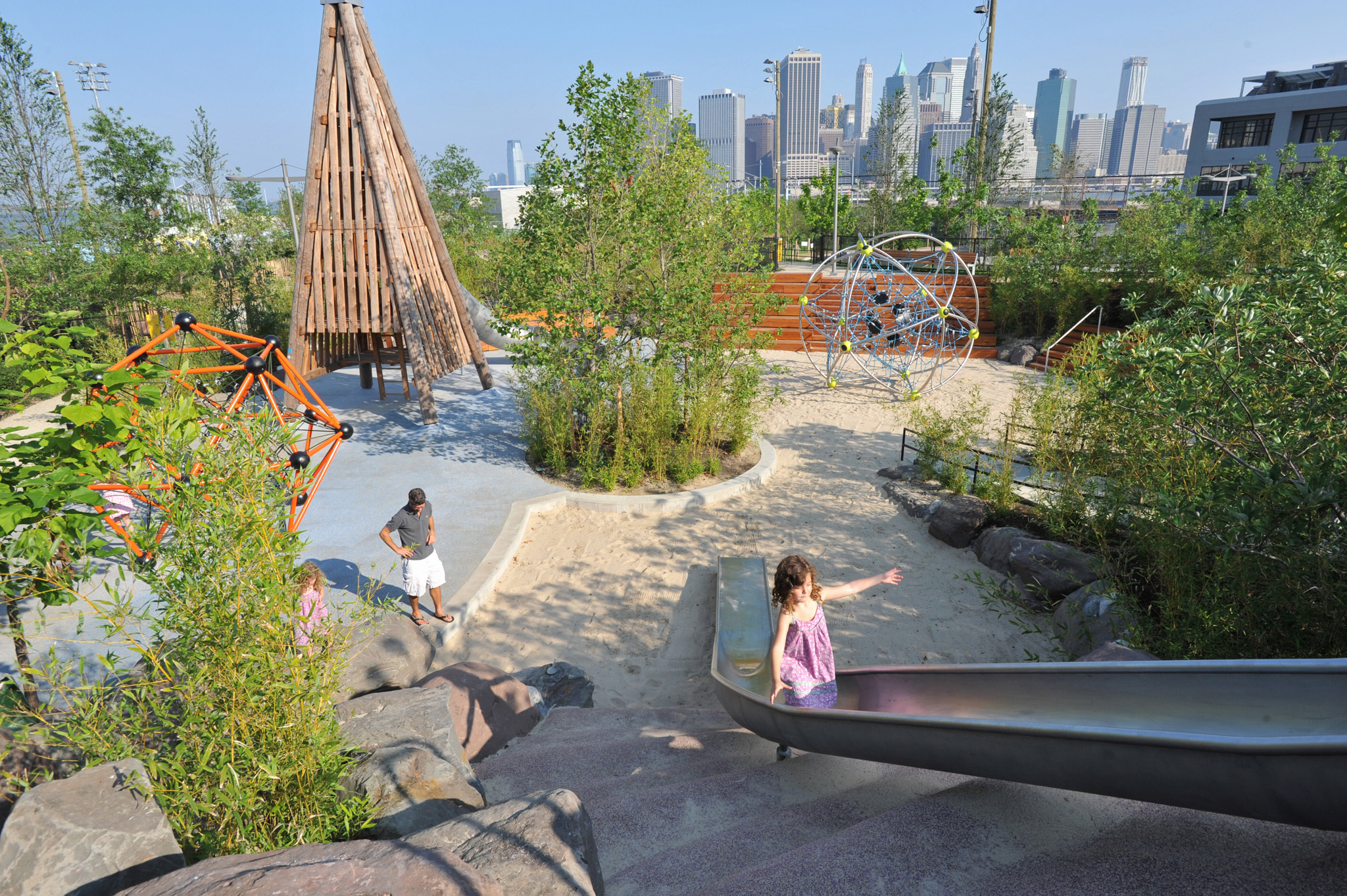 Explore Brooklyn Bridge Park