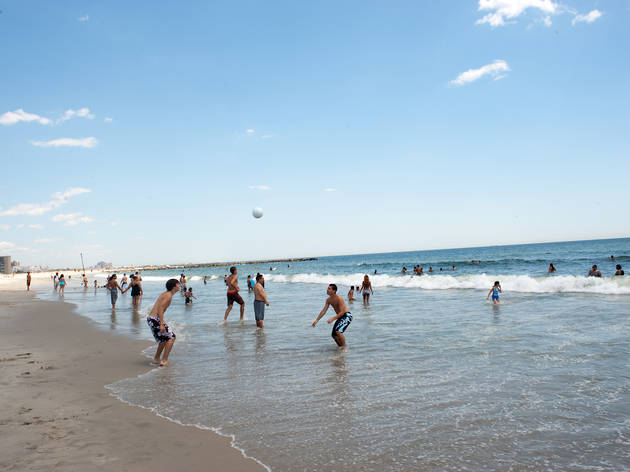 Rockaway Beach (Photograph: David Rosenzweig)
