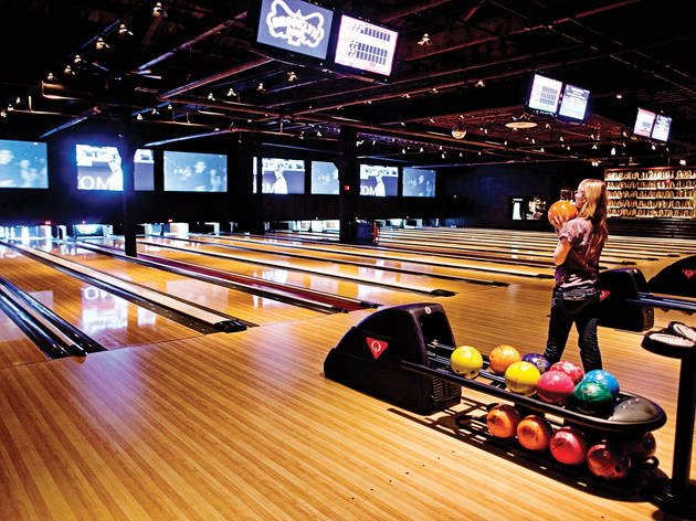 Roll a few frames at Brooklyn Bowl