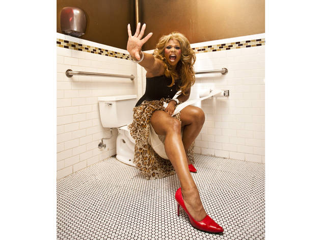 Queens on Thrones: Peppermint