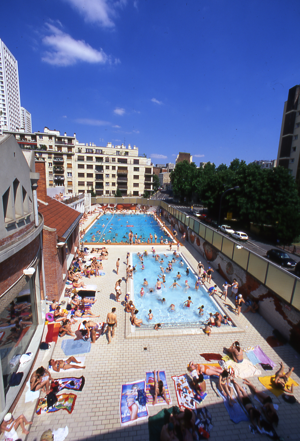 Piscines top 10 des piscines pour nager paris cet t for Piscine butte aux cailles