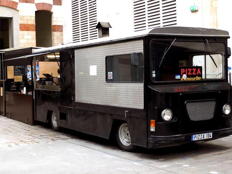 Camion à pizzas du Centquatre • Le food truck planqué