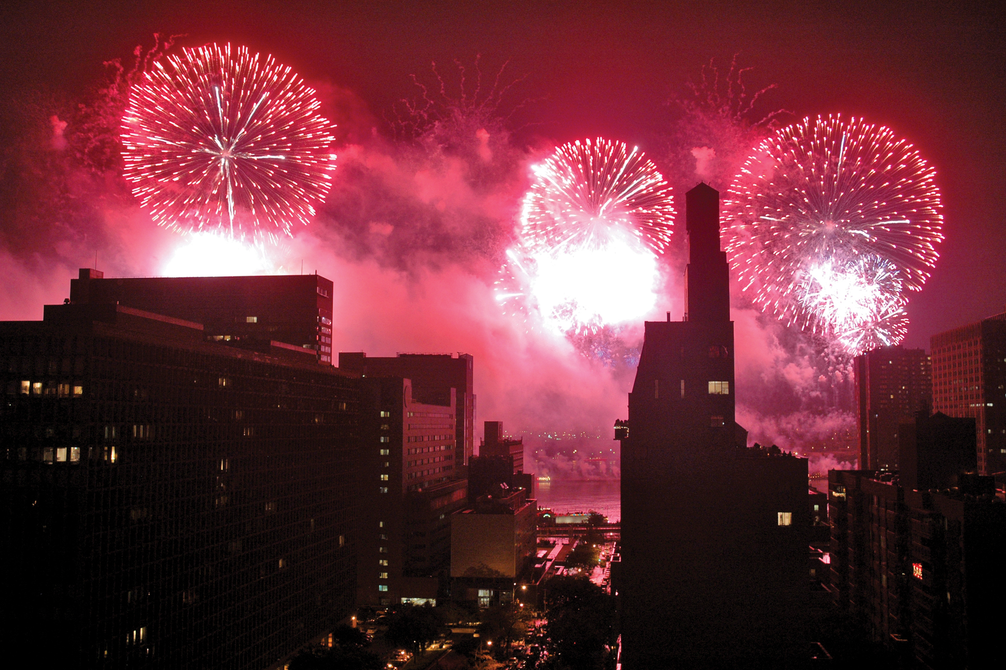 Then see what Usher does with the Macy's Fourth of July Fireworks