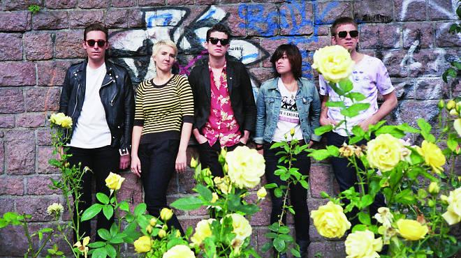 antes de la salida de su tercer álbum endless flowers platicamos con