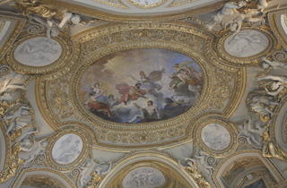 Decorative arts (Richelieu: 1st floor; Sully: 1st floor. Magenta on Louvre maps.)