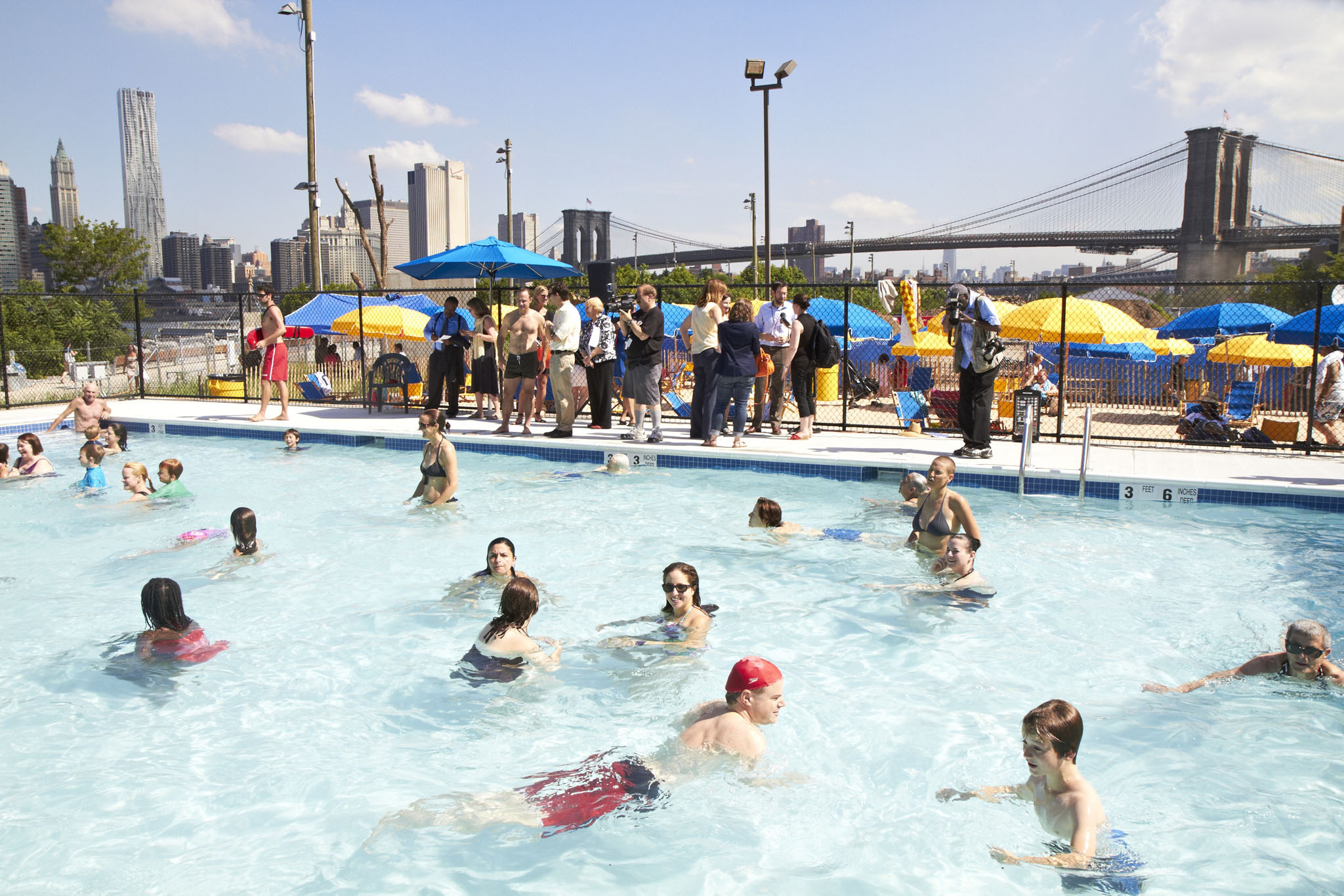 A New Pop Up Pool Opens At Brooklyn Bridge Park 39 S Pier 2 Slide Show