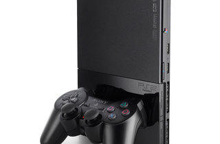 Les 128-bit (PlayStation 2 / © idealo.fr)