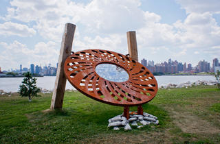 Outdoor public art in NYC 2012 (Photograph: Paul Wagtouicz)