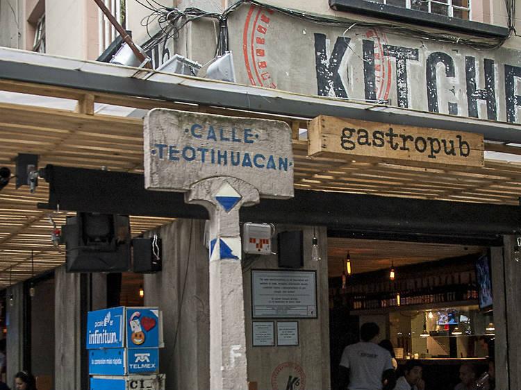 AHORA: Kitchen 6