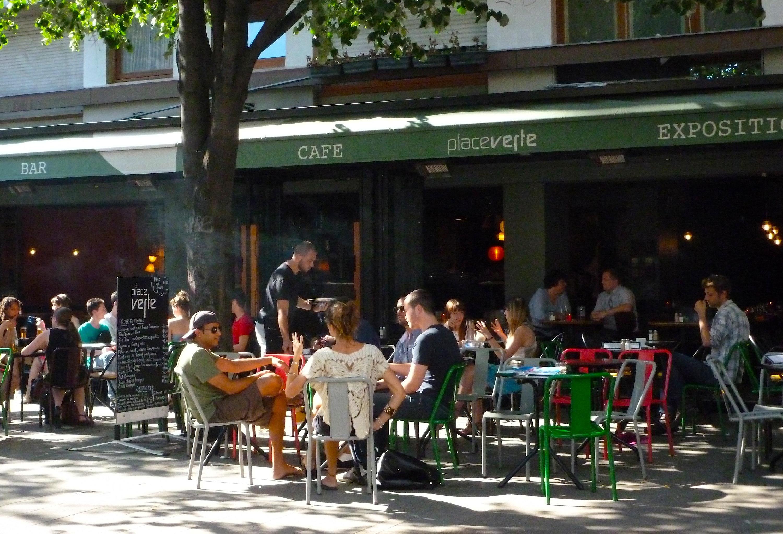 Estival • La Place Verte