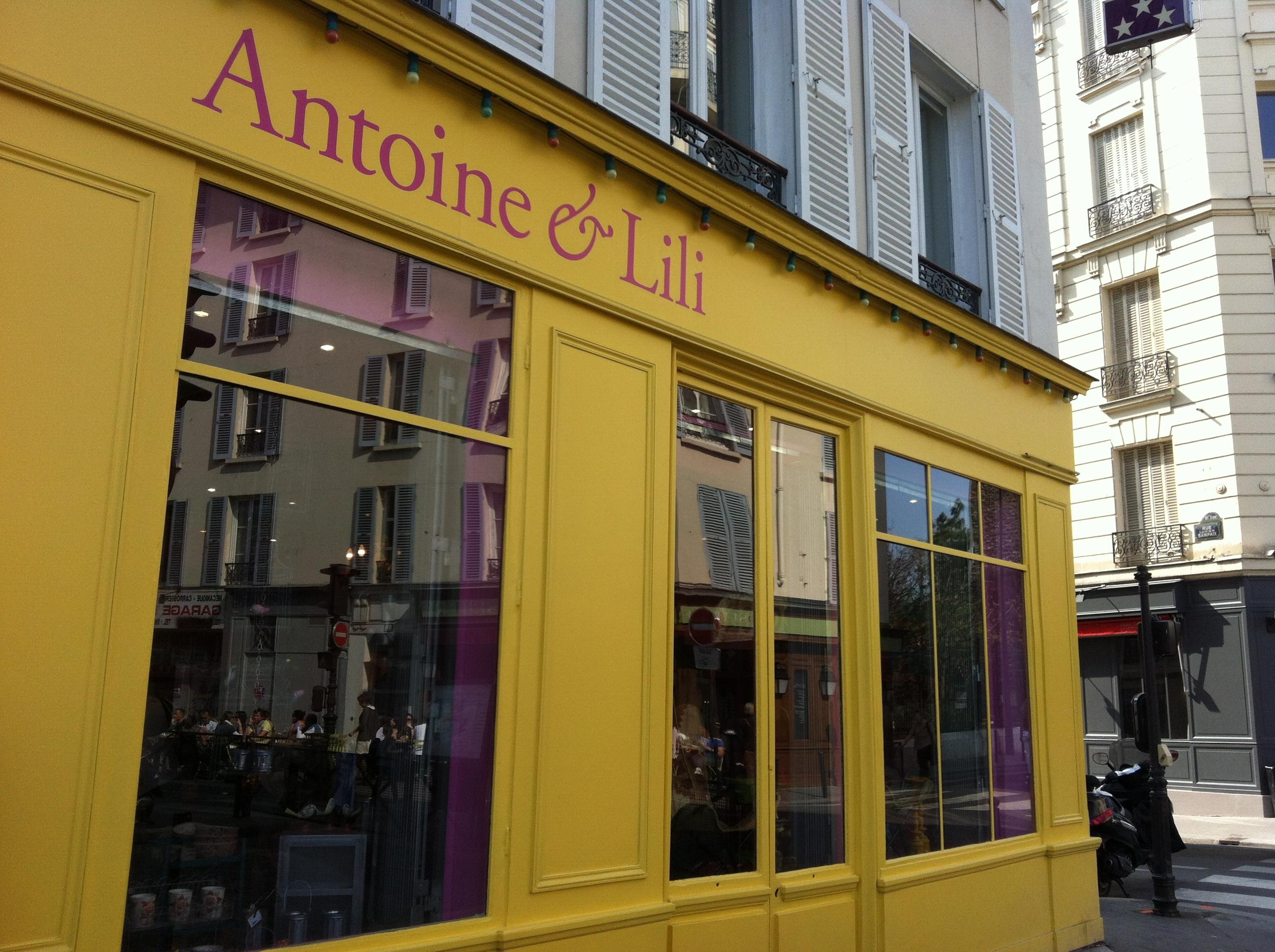 De la sape • Antoine et Lili