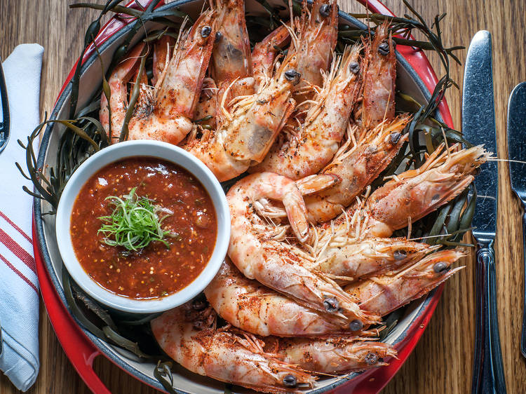 Peel-and-eat shrimp at the Dutch
