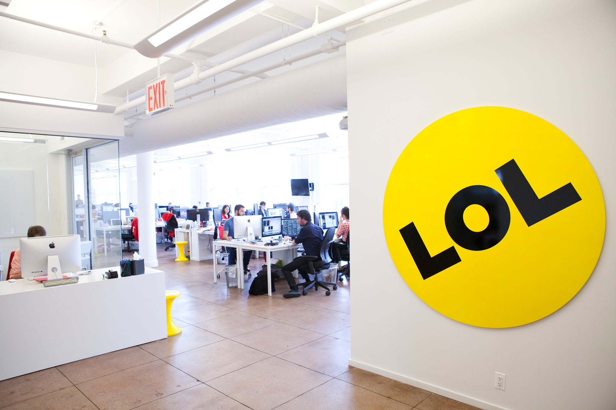 Behind-the-scenes office tour of BuzzFeed
