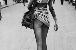 ('Fashion, Dépêche Mode', Paris, 1971 © Alice Springs )