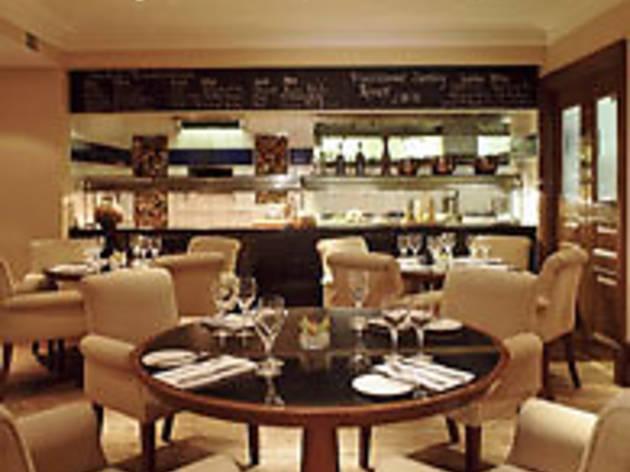 Sherlock's Bar & Grill
