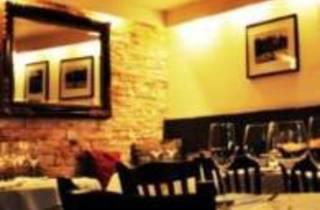 Quantus Restaurant & Bar