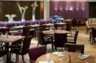 Junction Bar & Restaurant