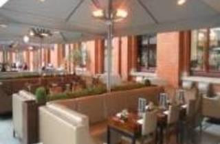 The Platform Cafe - St. Pancras Renaissance Hotel