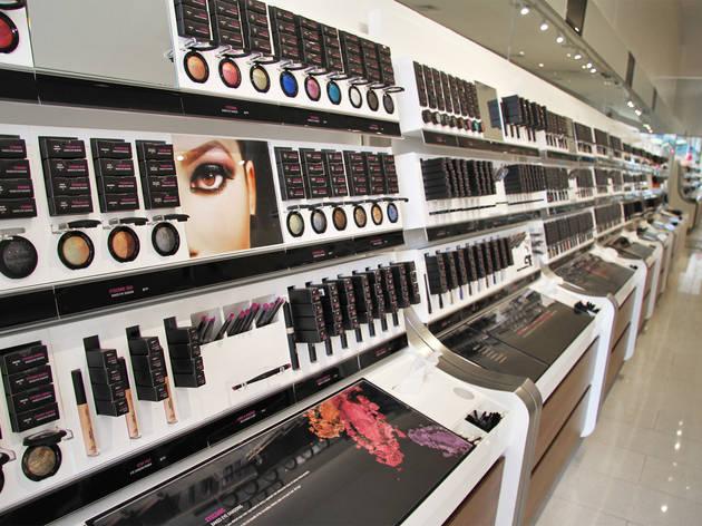 LiSi Cosmetics (CLOSED)