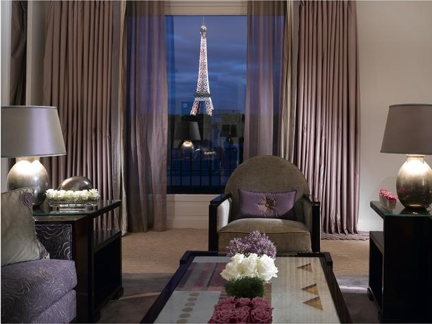 The best hotel rooms in paris best hotels in paris for Design hotel alpha paris tour eiffel