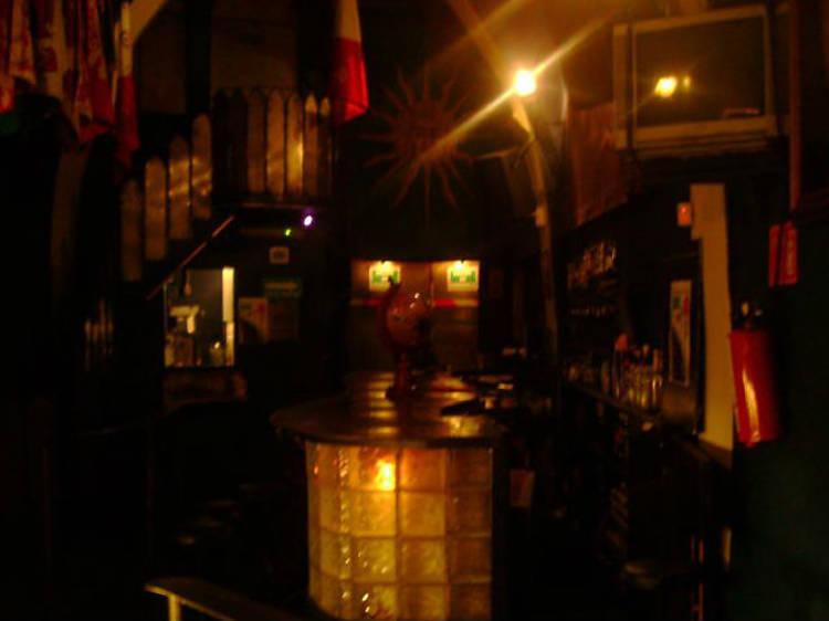 Tom's Leather Bar