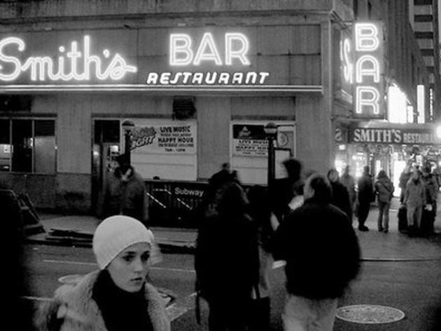 Smith's Bar & Restaurant