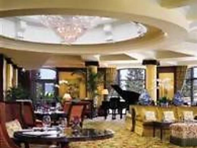 Lobby Lounge @ Four Seasons Hotel Westlake