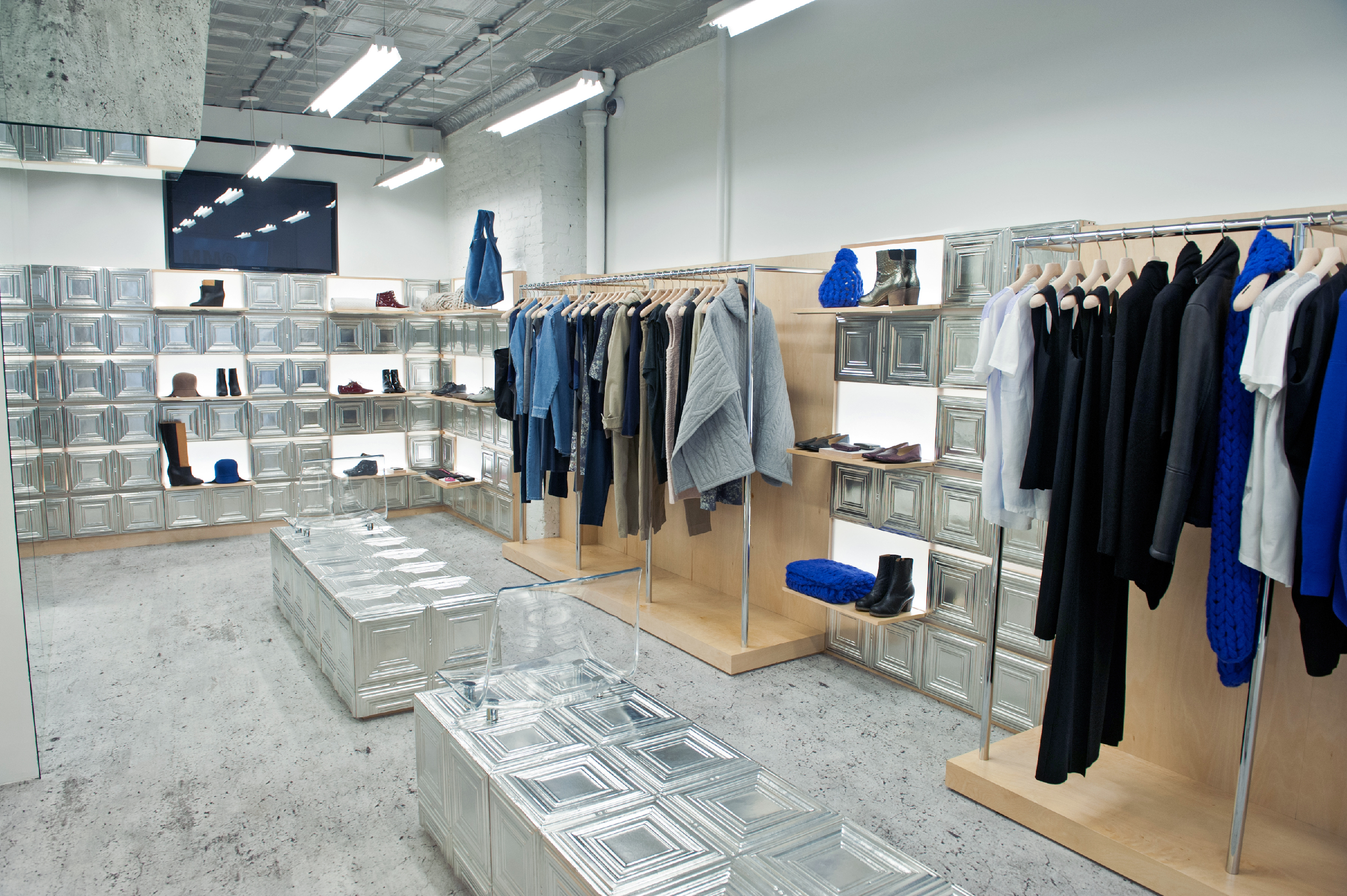 Mm6 Maison Martin Margiela Shopping In West Village New