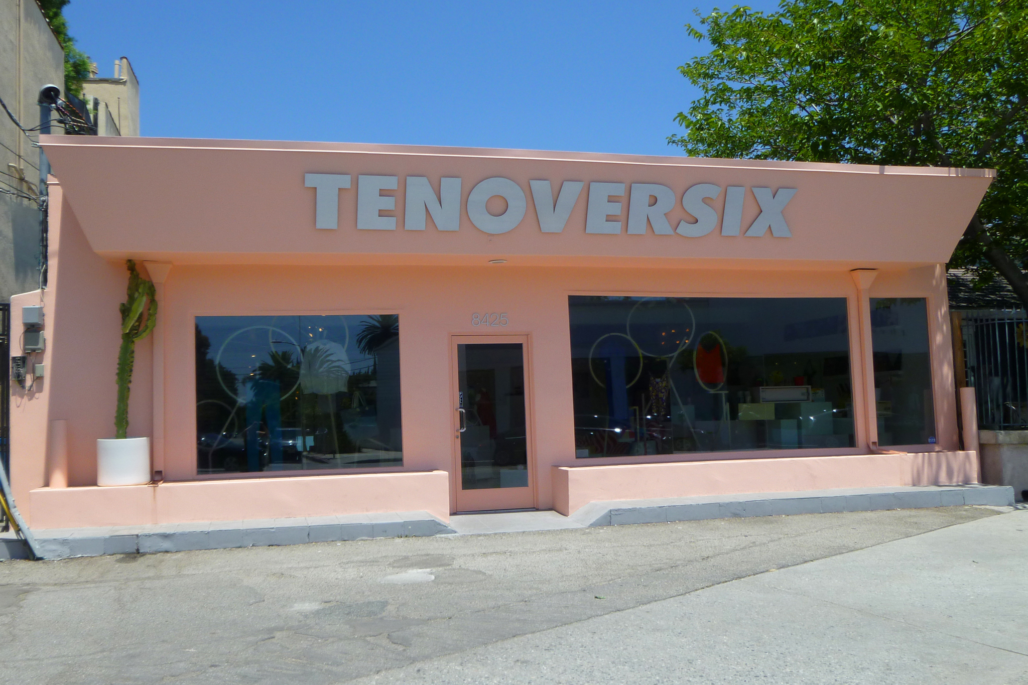 <p>Ten Over Six</p>