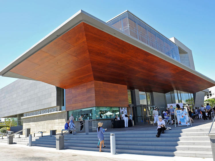 The Eli and Edythe Broad Stage