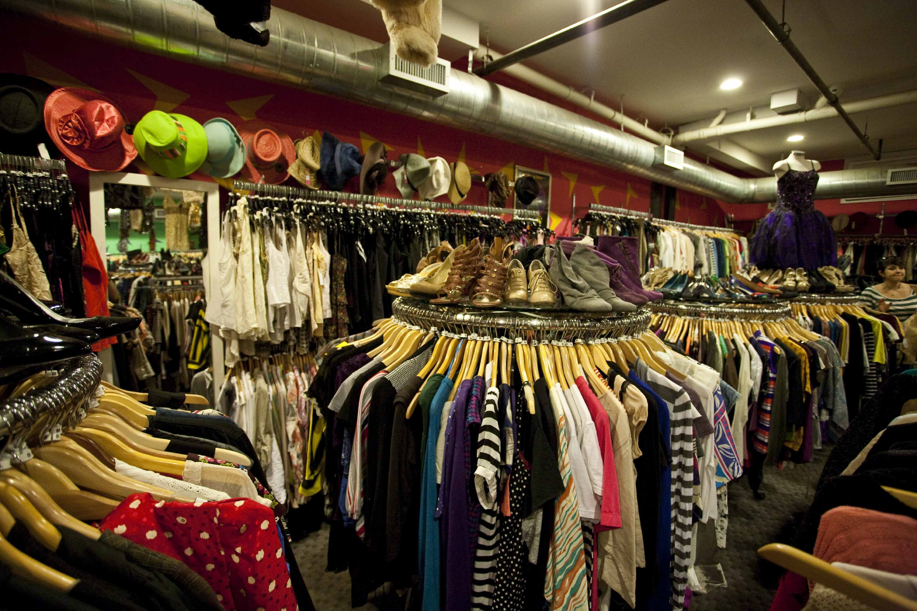 Best thrift stores in new york for secondhand shopping for Best consignment stores nyc