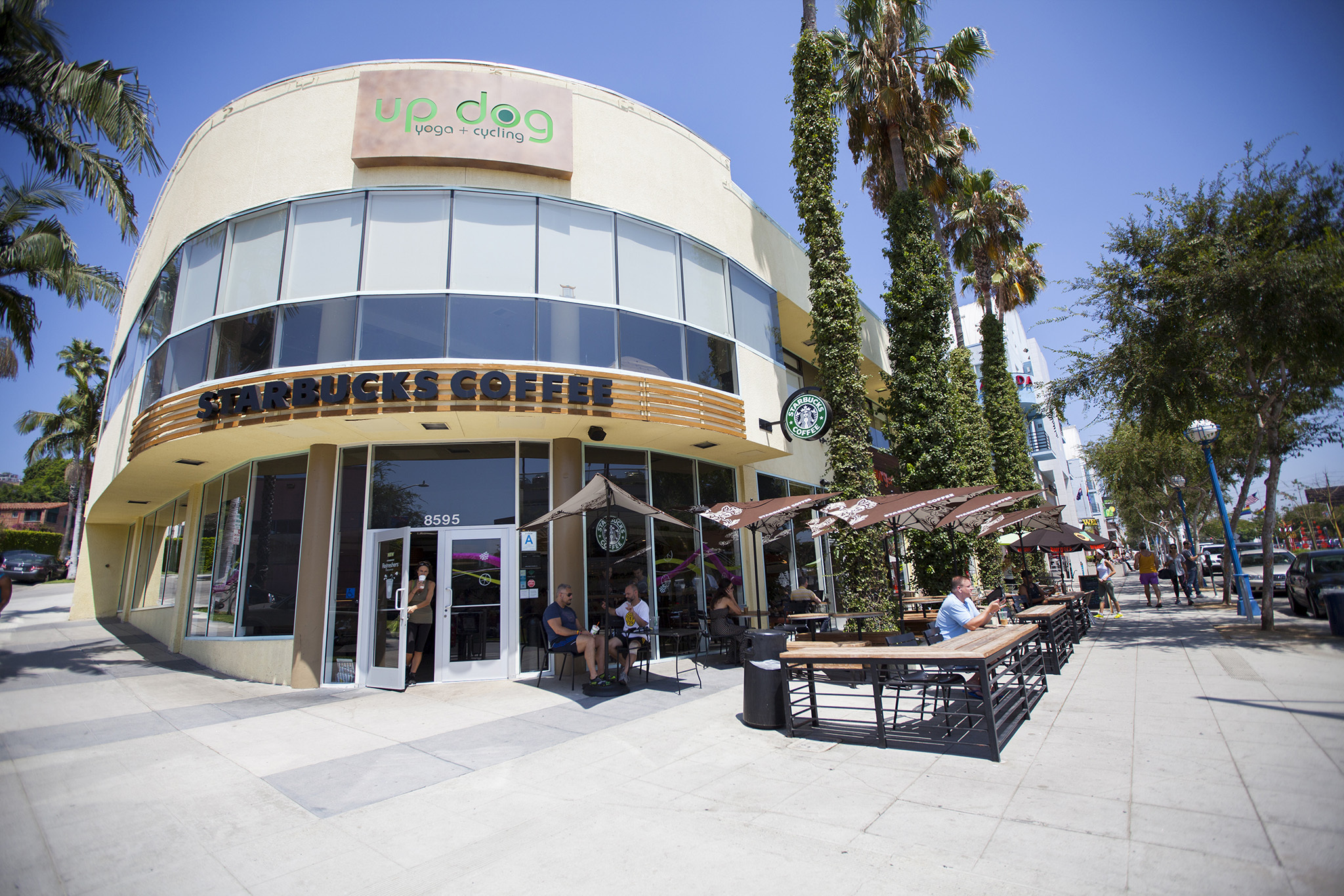 Starbucks (store #633)