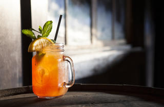 LA lounges and bars: Thirsty Crow