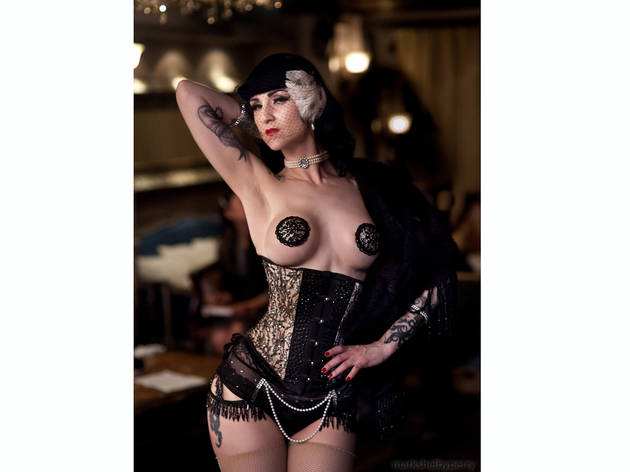 Nuit Blanche: Bellydance Burlesque