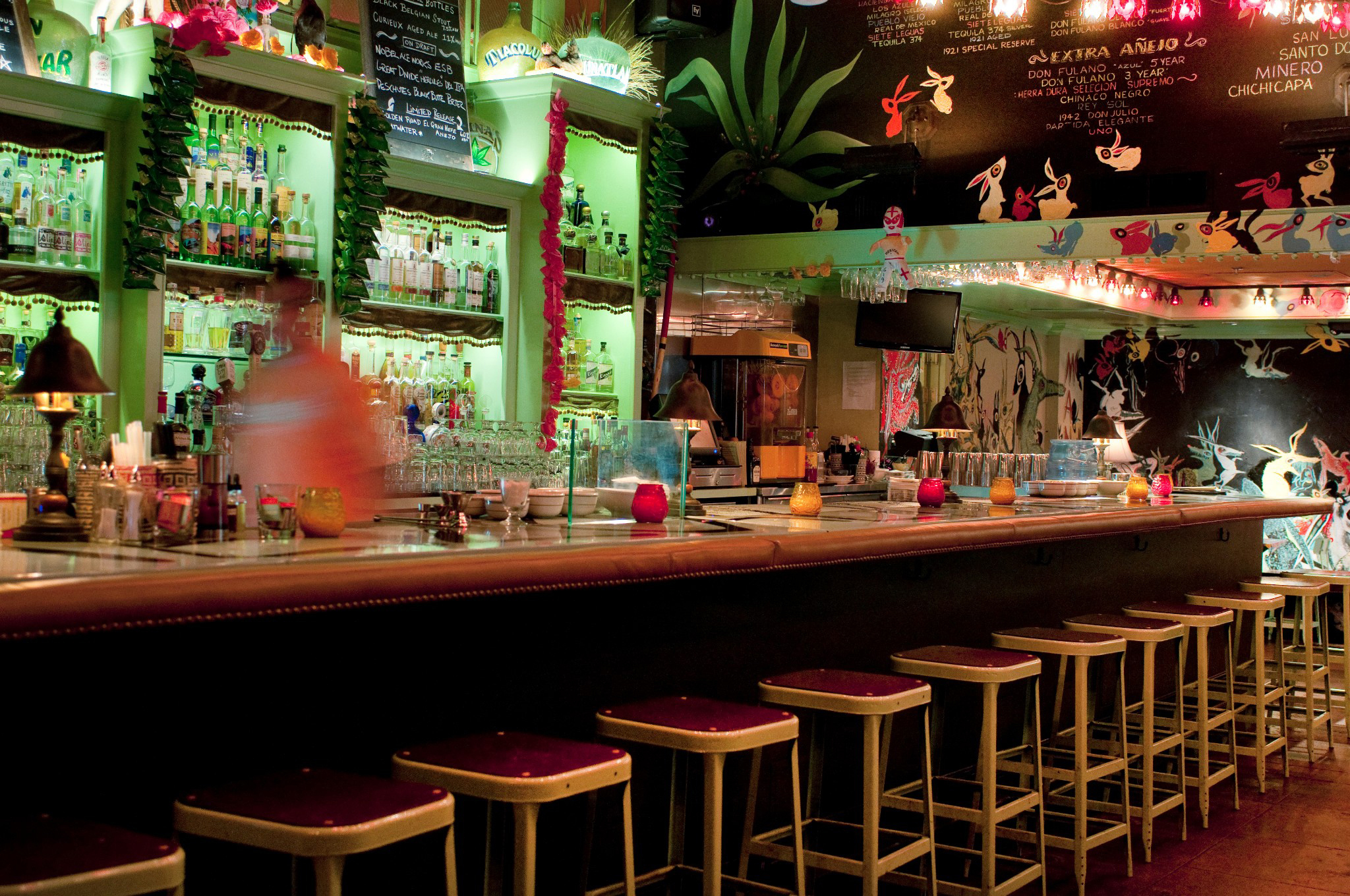 The Best Bars For Singles Dating In Los Angeles