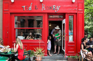 Ted & Honey Café