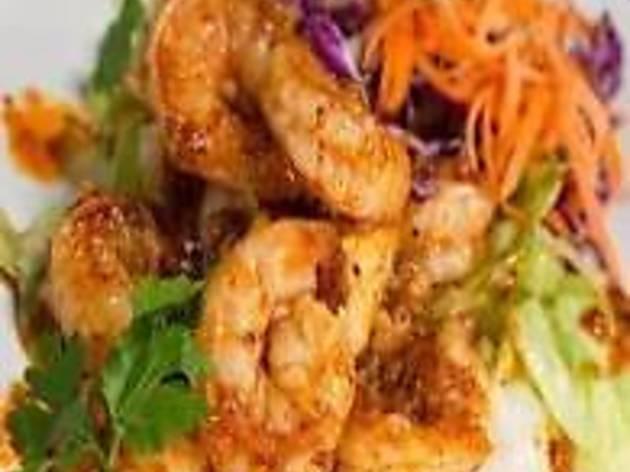Boat Sushi & Thai Restaurant