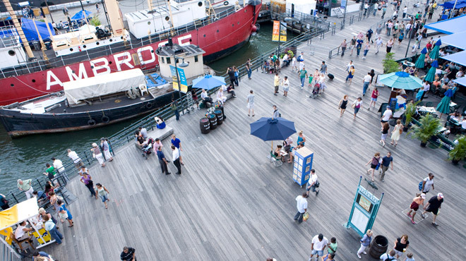 South Street Seaport, Pier 17